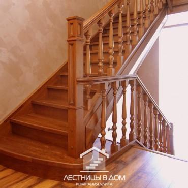 Лестница на два этажа из дальневосточного ясеня, г.Железнодорожный