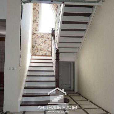 Лестница с комбинированной покраской в г. Железнодорожный и Московская область