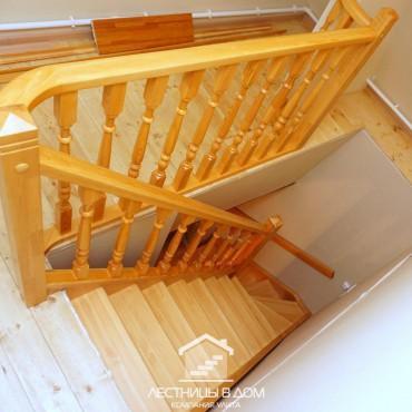 Дачная лестница из сосны на заказ г. Павловский Посад